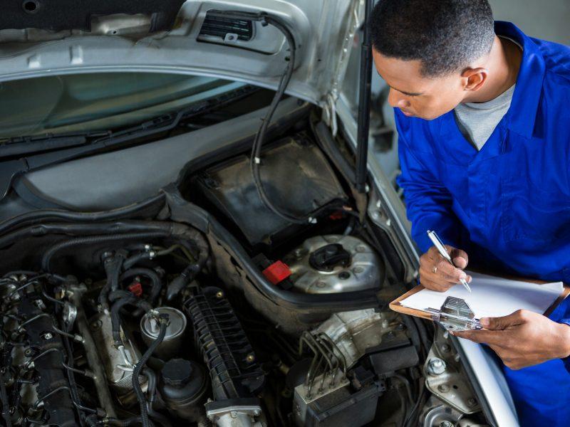 Cómo tener éxito ofreciendo mecánica de autos a domicilio