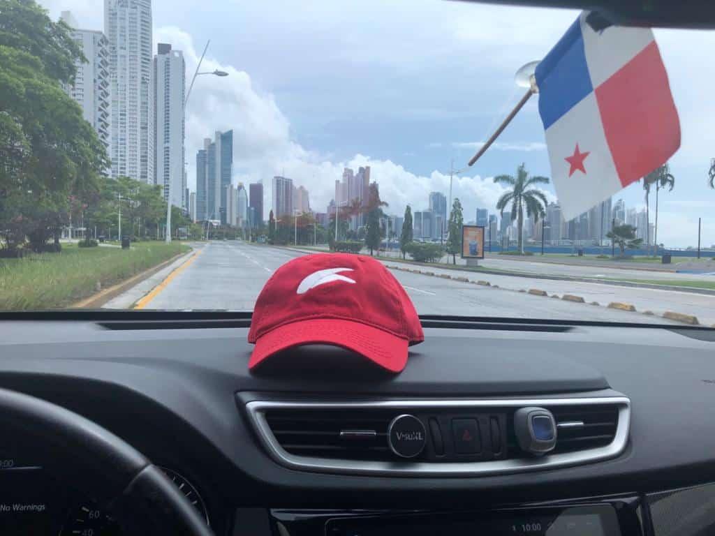 Camarounds circulando por Ciudad de Panamá