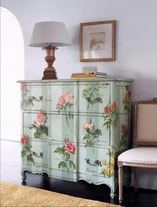 Idea de restauración de muebles: Decopauge