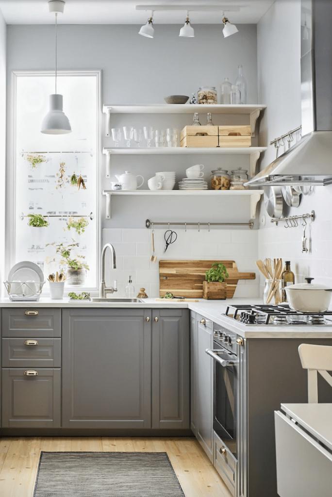 Cocina donde se aprovecha todo el espacio